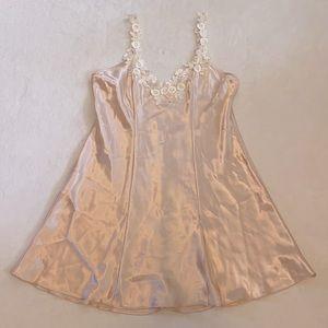 {VTG} California Dynasty Chemise Slip Dress